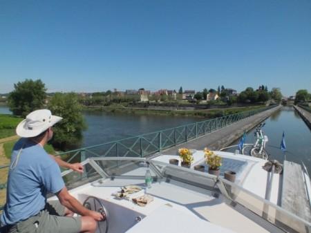 Crossing the Loire into Digoin