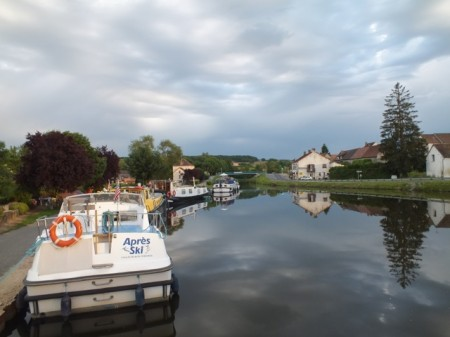 Mooring at St-Julien-sur-Dheune