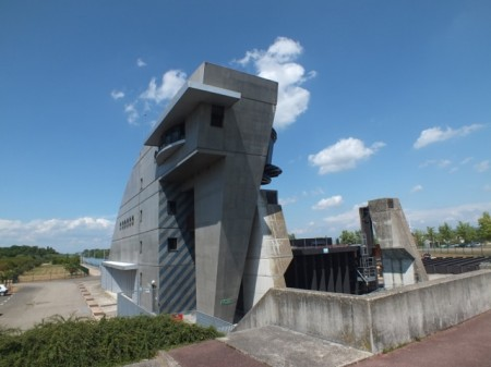 The Le Corbusier lock between France and Germany
