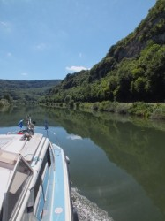 Cruising west on the Doubs River