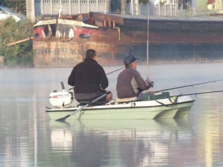 Fishermen on the Saône early Saturday morning