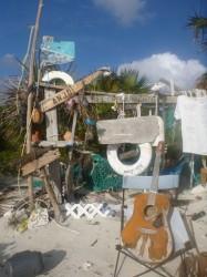 """The """"beach bar"""" on Thomas Cay"""