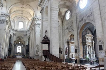Big classical-style church in Vitry-le-Francçois