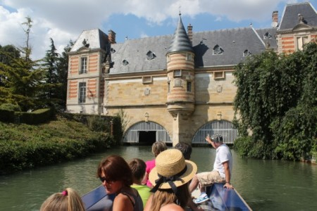 Boat tour in Chalons