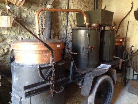 The mobile distillery cart