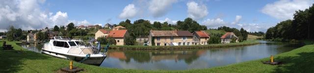 Village of Neuville-Day, Canal des Ardennes