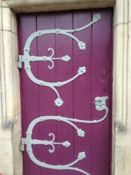 Some neat hinges in Metz