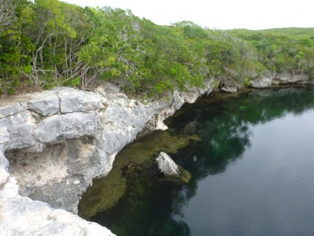 The blue hole on Hoffman's Cay