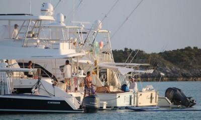 A sport-fisherman raft-up at Shroud Cay