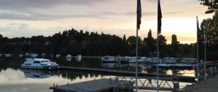 Our rental boat on the pontoon at Sucé-sur-Erdre