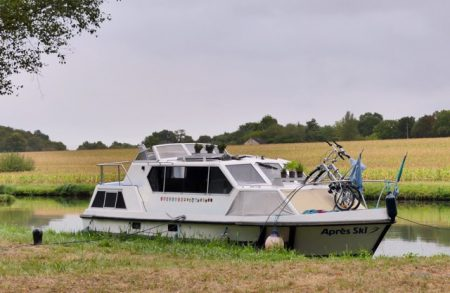 Moored near Mailly-le-Chateau
