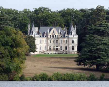 One of many Châteaux on the Erdre River