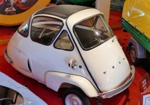 The single-cylinder Velam Isetta